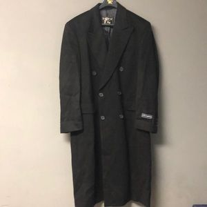 Men's NEW WITH TAGS Burberry Black All Wool Coat